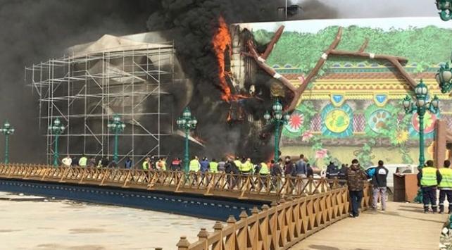 Ankapark inşaatında yangın