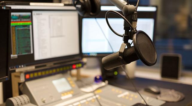 Büyücülüğe destek veren 23 radyo kapatıldı