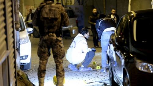 Beyoğlu'nda kahvehaneye ateş açıldı: 7 yaralı
