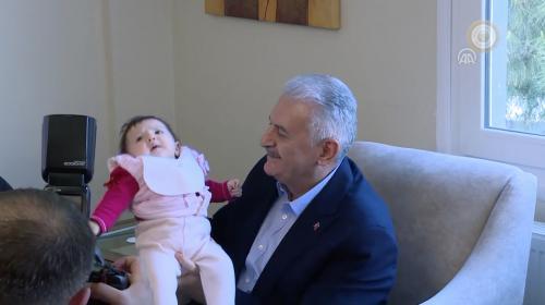 Başbakan Yıldırım'dan ev ve okul inşaatı ziyareti