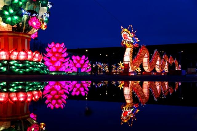 """ABD'de """"Çin"""" temalı ışık şovu renkli görüntüler oluşturdu"""