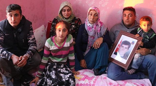 Şehit korucu Mehmet Erenin ailesinden PKKya tepki