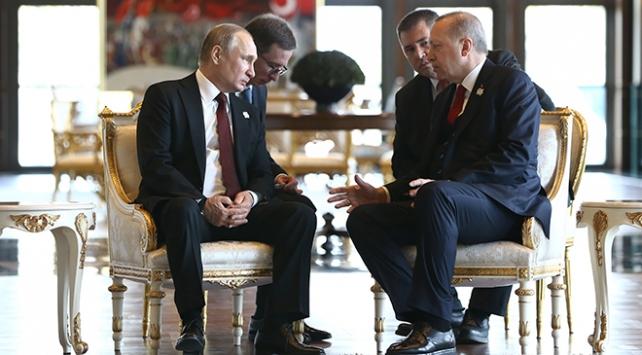 Putin: İşbirliğimizin önceliği S-400 füzelerinin satış anlaşması