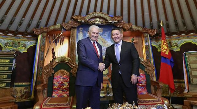 Başbakan Yıldırım, Moğolistan Cumhurbaşkanı Battulga ile görüştü