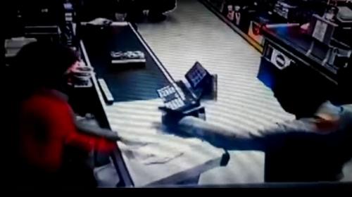 Kocaeli'de marketten silahlı soygun