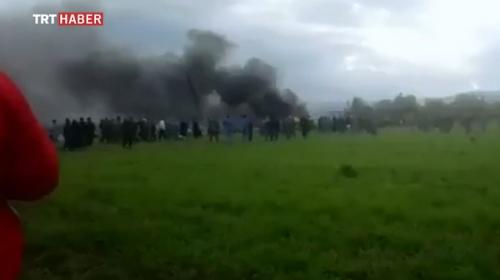 Cezayir'de içinde 100 kişinin bulunduğu askeri uçak düştü