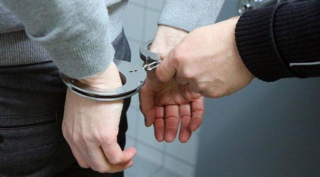 İzmirde FETÖ soruşturması: 53 gözaltı kararı