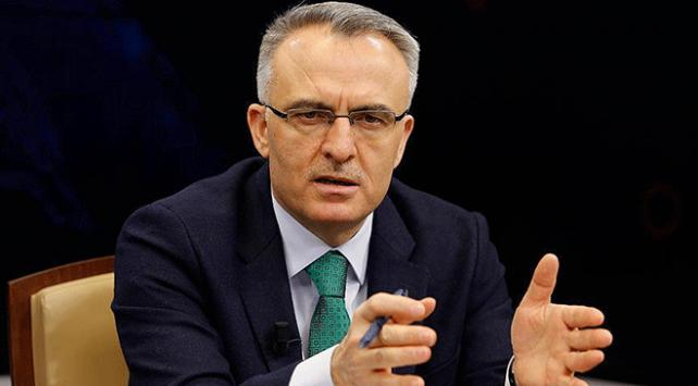 Maliye Bakanı Naci Ağbaldan döviz ve petrol fiyatı açıklaması