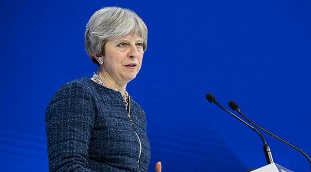 İngiltere Başbakanı May: Suriye rejimini caydırmak için güç kullanmak dışında bir alternatif yoktu