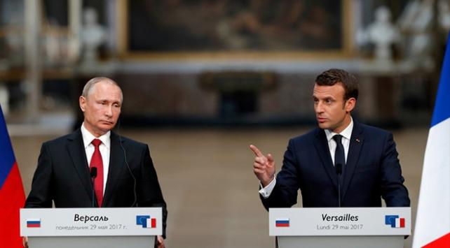 Putin ve Macronun görüşmesi iptal edilmedi