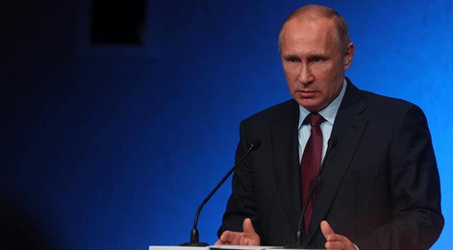 Rusya Devlet Başkanı Putin: Suriye ve Irakta yeniden yapılanma sürecine yardımcı olabiliriz