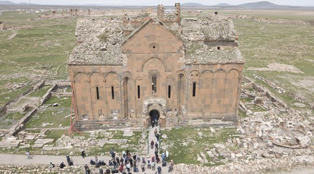 Anideki Büyük Katedralin restorasyon çalışmaları başlıyor