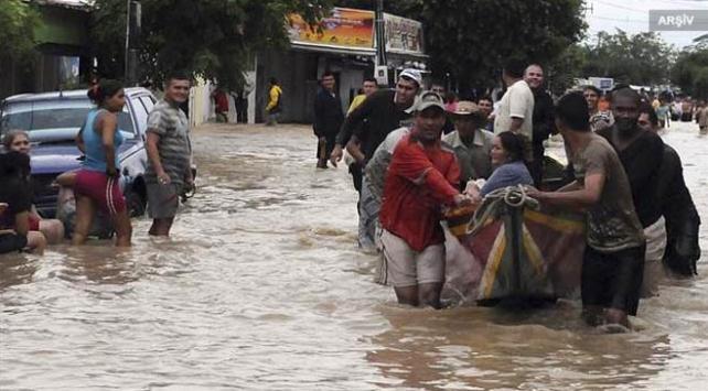 Kolombiyada şiddetli yağışlar 12 can aldı
