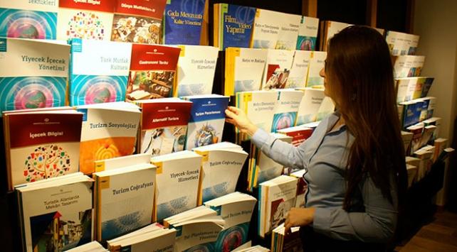Açıköğretim Kuzey Amerika Programı 1 yaşında