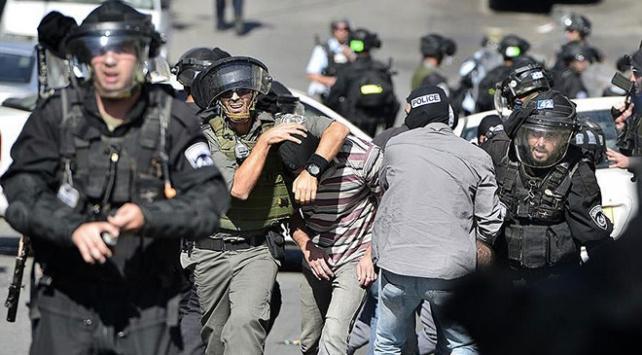 İsrailin baskınları devam ediyor: 30 Filistinli gözaltında