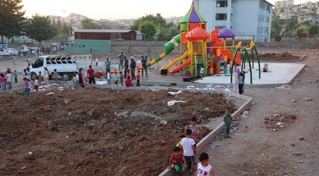 Siirtte 22 parkın yapımı sürüyor