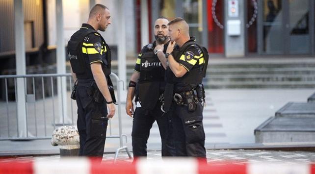 Türk Konsolosluğuna saldırı hazırlığı yapan 4 kişi gözaltına alındı