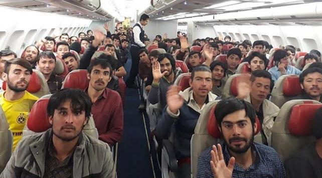 Afganistan uyruklu 6 bin 846 kaçak göçmen ülkelerine gönderildi