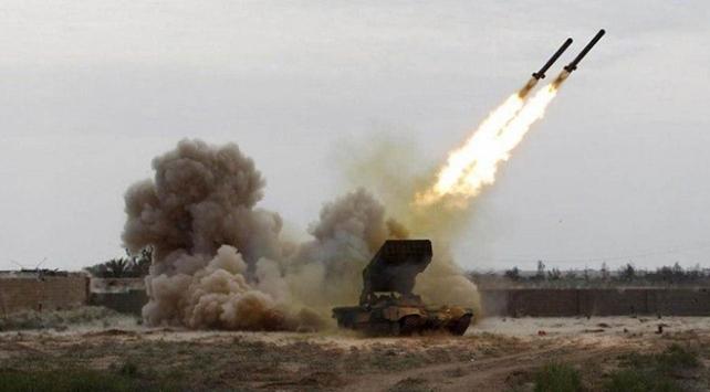 Esed rejimi üslerine saldırı düzenlendiğini iddia etti