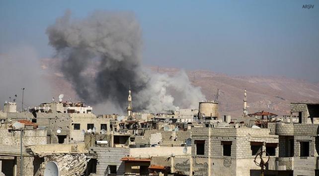 Esed rejimi, Humustaki kuşatma alanlarına saldırıyor