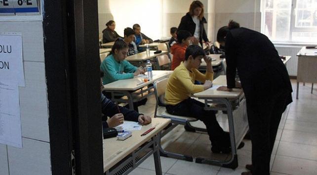 Liselere girişte merkezi sınav başvuruları için yarın son gün