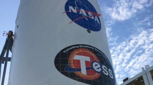 NASAnın yeni gezegen avcısı fırlatıldı