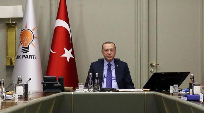 Cumhurbaşkanı Erdoğan Uyum Komisyonu üyeleriyle görüştü
