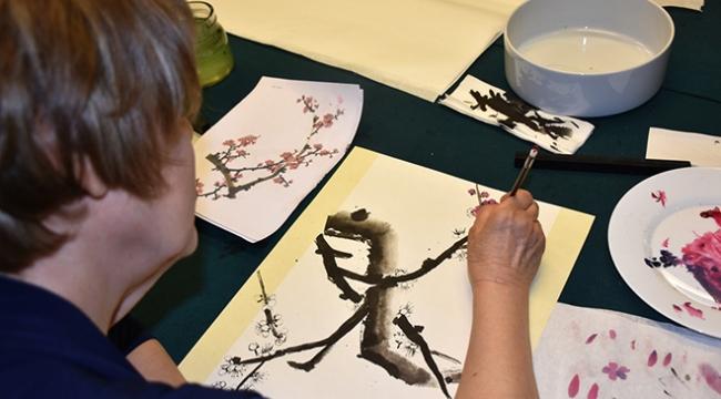 Ankaralılar Güney Kore sanatı kaligrafiyi öğreniyor