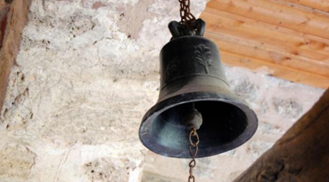 Kiliseden 500 bin euro çalan rahip, parayı kumarda kaybetti