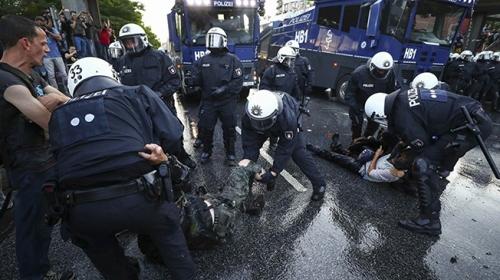 Almanyada devlet kurumlarında ırkçılık iddiası