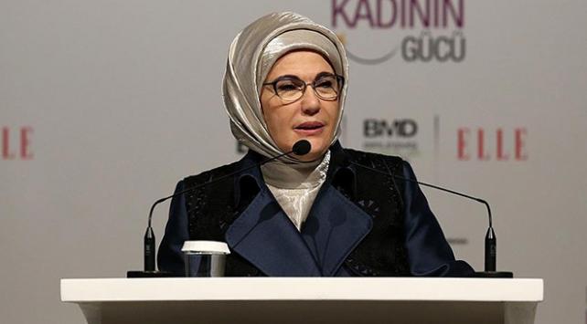 Emine Erdoğan: Kadın dostu olmayan yapılanmalarla mücadele etmeliyiz