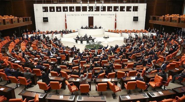 Anayasa değişikliği uyum paketi Mecliste