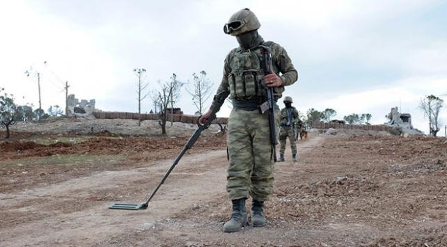 PKKlı teröristler Siirtte köy yolunu el yapımı patlayıcı ile tuzakladı