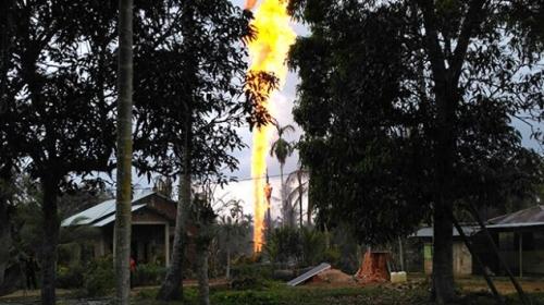 Endonezyada kaçak petrol kuyusunda patlama: 10 ölü, 19 yaralı