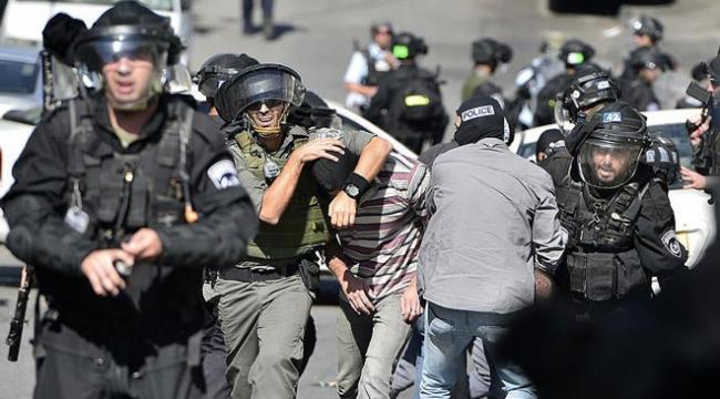 İsrail askerleri 8 Filistinliyi gözaltına aldı