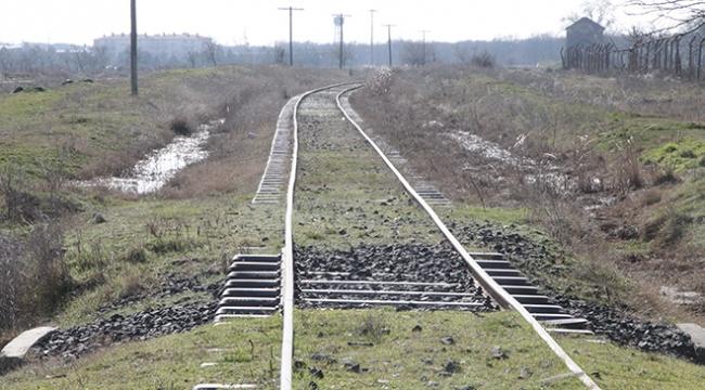 TCDDden demiryolu hatlarına yaklaşmayın uyarısı