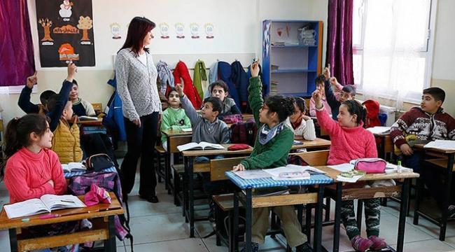 Öğretmenlere bayram ve seçim izni