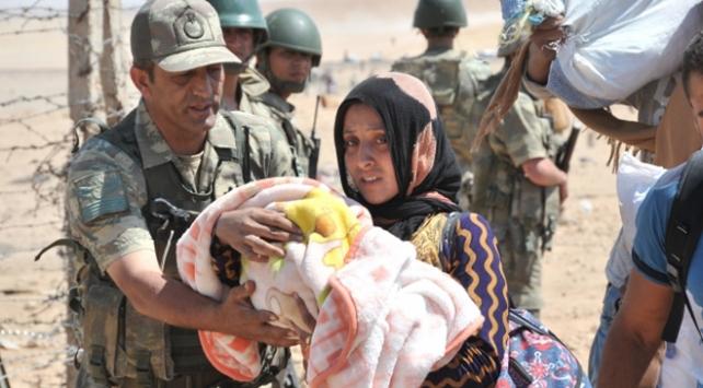 AB ve BMden Türkiyeye övgü dolu sözler: Sığınmacılara desteği benzersiz