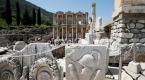 Efes Antik Kenti, yerli ve yabancı turistleri ağırlıyor