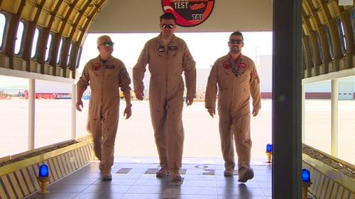 Test pilotları, hava araçlarını göreve böyle hazırlıyorlar