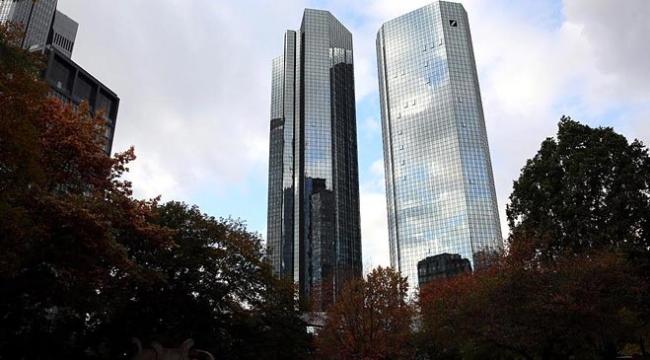 Almanyanın en büyük bankası ABD ve Asya pazarındaki işlemlerini azaltacak
