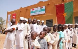 İDDEFin Burkina Fasoda yaptırdığı medreseler hizmete açıldı