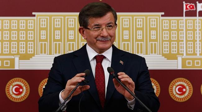 Davutoğlu: Cumhurbaşkanı Erdoğan hepimizin adayıdır