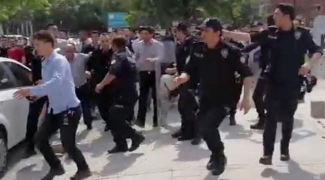 Gazi Üniversitesinde arbedeye polis müdahalesi