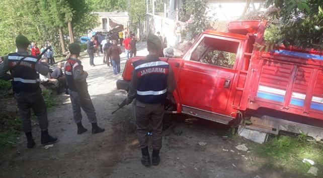 Rizede öğrencileri taşıyan kamyonet piknik dönüşü kaza yaptı: 25 yaralı