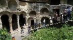 Tarihi Titus Tüneli, ziyaretçilerini ağırlıyor