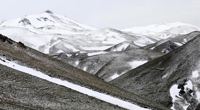 Palandöken, mayıs ayında karla kaplandı