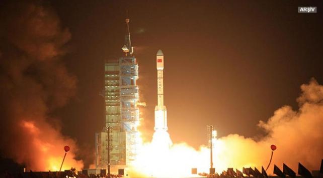 Çin yer gözlem uydusu Gaofın-5i uzaya gönderdi