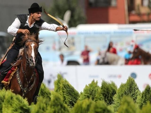 Etnospor Kültür Festivali Yenikapıda başladı