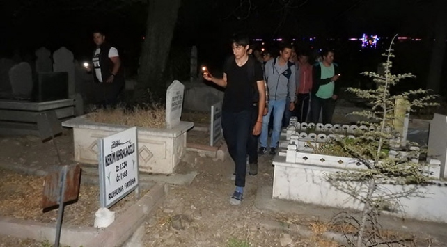 Mezarlıkta ağlayan gizemli kız bulundu